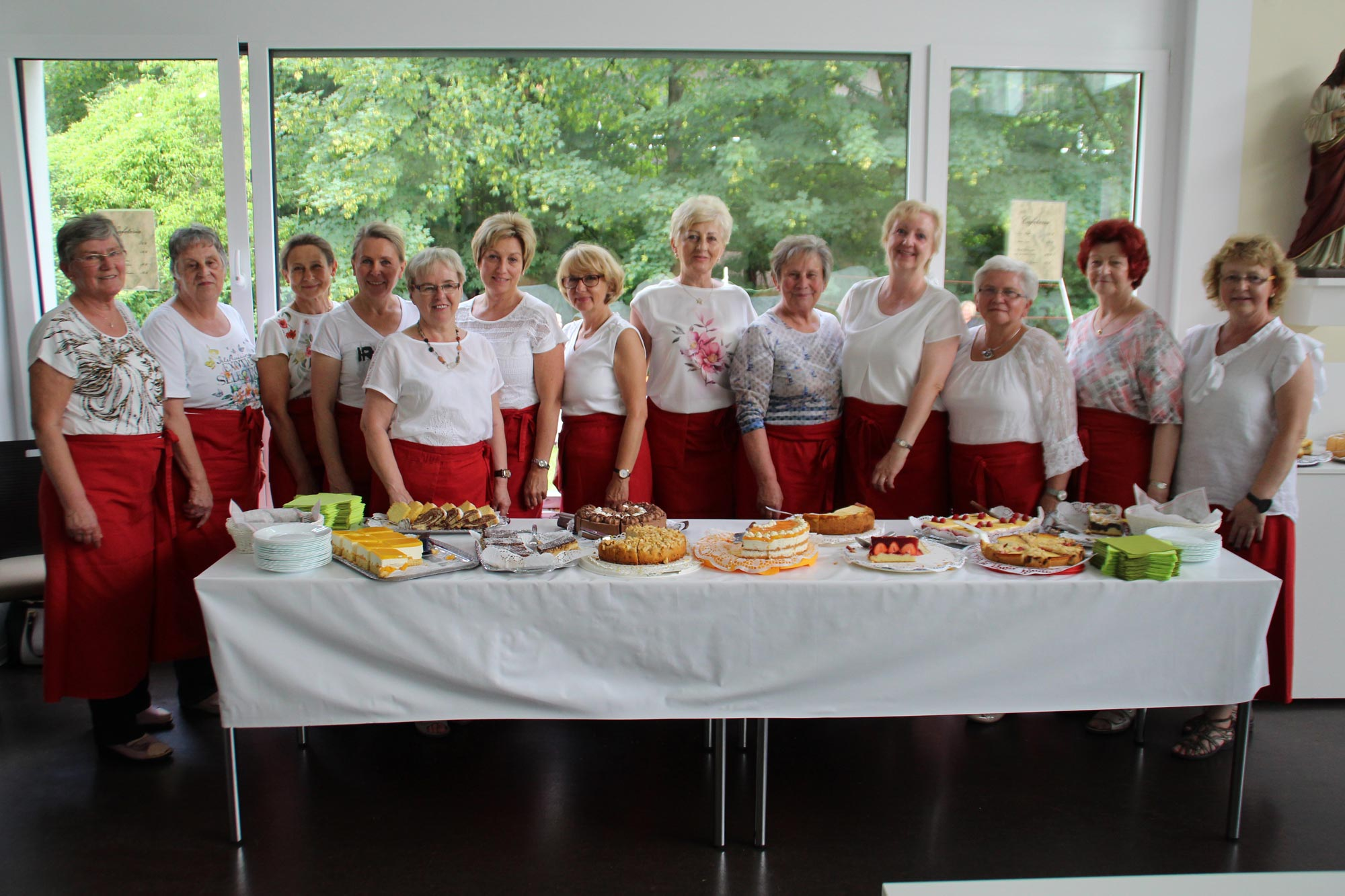 Ein starkes Team: Cafeteria beim jährlichen Pfarrfamilienfest