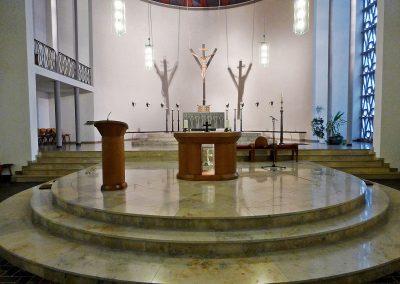 St Petrus Canisius Innenansicht 2